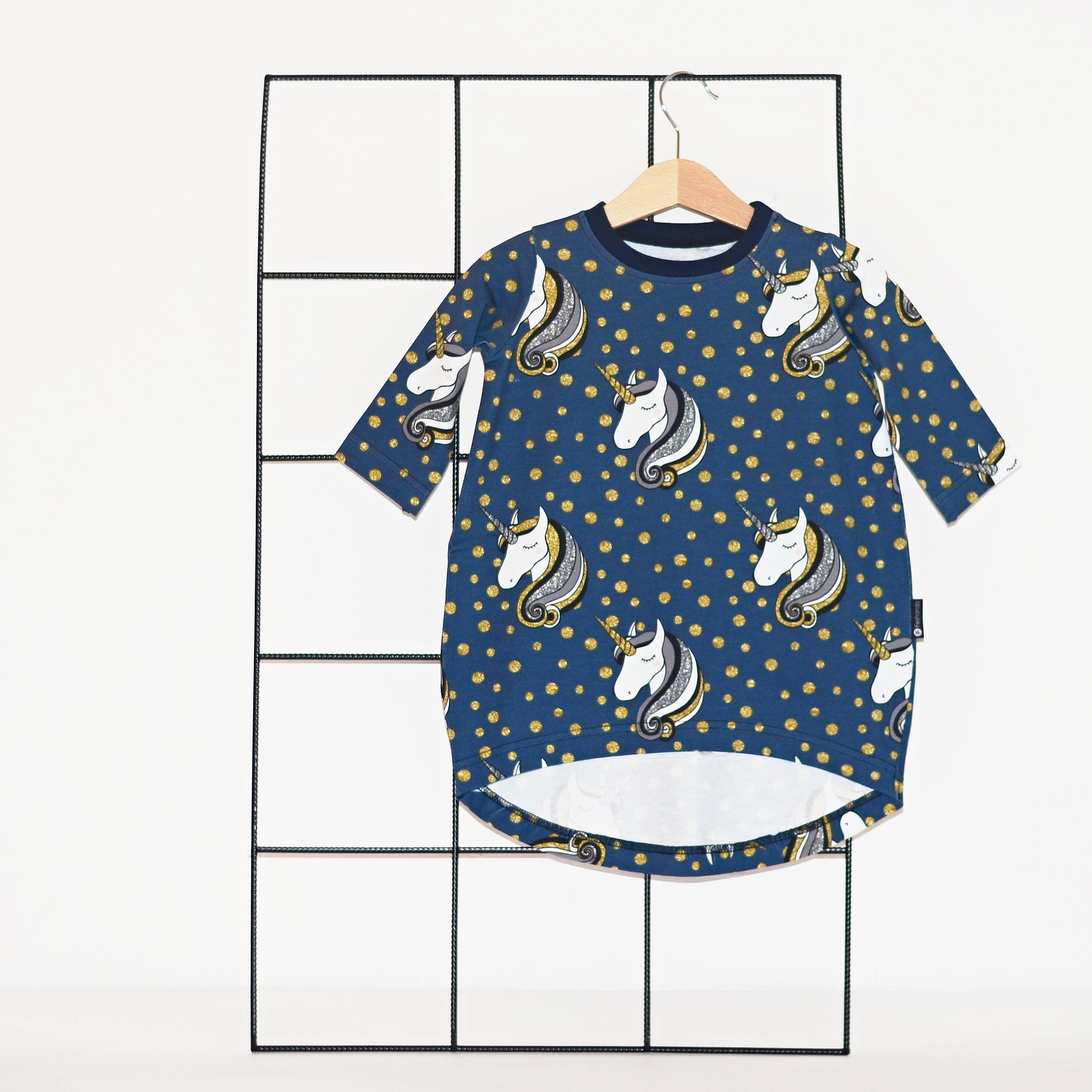 0aef5c562807 Dívčí šaty volné (biobavlna) - jednorožci